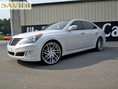 2014-бело-Hyundai-экю-Савини-колеса-sv49-с-бело-2.jpg