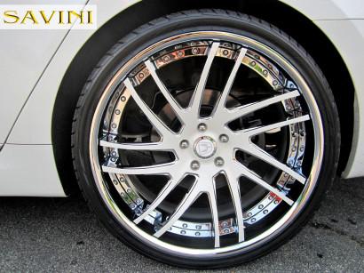 2014-white-hyundai-equus-savini-wheels-sv49-c-white-4.jpg