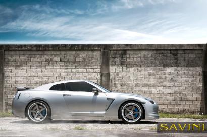 マットシルバー日産GTRサヴィーニ鍛造ホイールSV44 C凹カーボンファイバー5.jpg