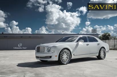 Weiß-Bentley-Mulsanne-Savini-Räder-BS5-Weiß-Polnisch-2.jpg