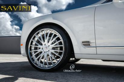 Weiß-Bentley-Mulsanne-Savini-Räder-BS5-Weiß-Polnisch-4.jpg
