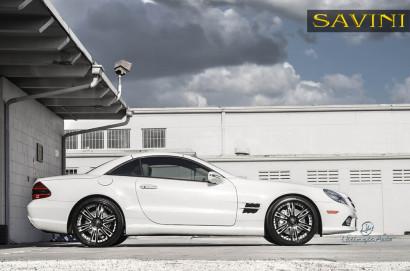 Weiß-Mercedes-Benz-SL550-Savini-Geschmiedete Räder-SV35-S-Schwarz-Weiß-1.jpg