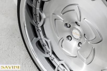 White-Rolls-Royce-Ghost-Savini-Räder-Diamond-Series-Prato-BR-7.jpg