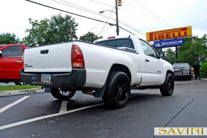 White-Toyota-Tacoma-Savini-Wheels-BM7-Matte-Black-3.jpg