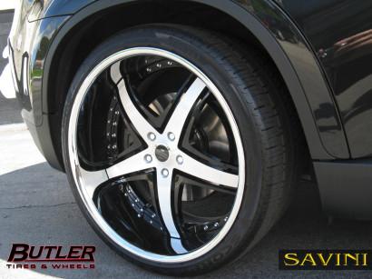 черно-БМВ-x6-Савини-кованые-колеса-sv8-с-щетка-черно-2.jpg