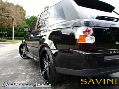 Black-range-rover-sport-savini-geschmiedete Räder-sv20-s-chrom-schwarz-1.jpg