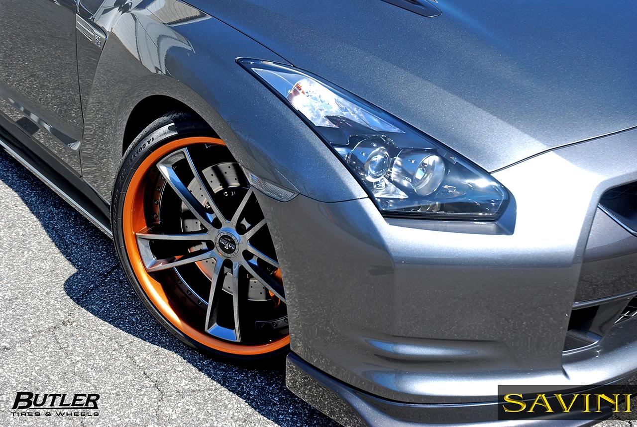 Grau-metallic-nissan-gtr-savini-geschmiedete Räder-sv51-c-konkav-grau-metallisch-orange (2)