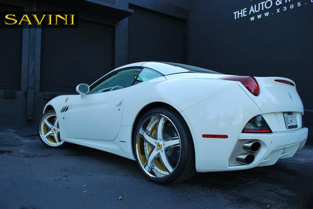 White Ferrari California Savini Forged Wheels Sv S White Chrome