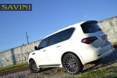 бело-Инфинити-qx56-Савини-колеса-черный-ди-Forza-bs5-черный-белый-2.jpg