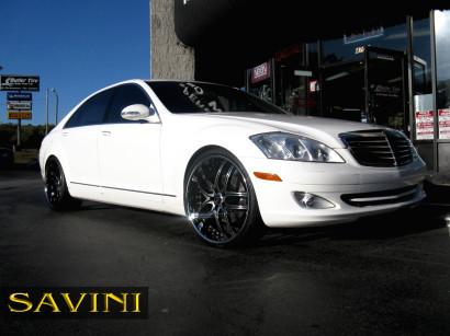 бело-Mercedes-Benz-s550-Савини-колеса-черный-ди-Forza-bs2-хром-черно-3.jpg