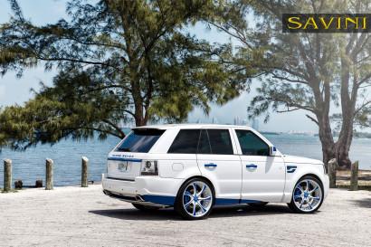 White-range-rover-sport-savini-geschmiedete Räder-sv31-c-konkav-weiß-blau-3.jpg