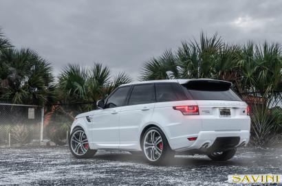 white-range-rover-sport-savini-wheels-black-di-forza-bm6-machined-black-1.jpg