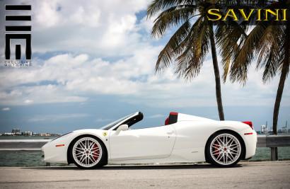 white-ferrari-458-italia-savini-wheels-sv25-2.jpg