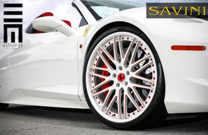 white-ferrari-458-italia-savini-wheels-sv25-5.jpg