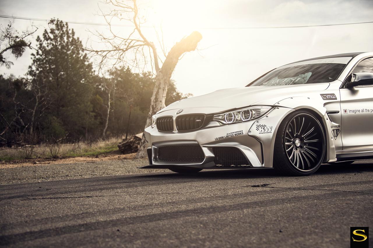 Liberty Walk BMW M4 | Savini Forged SV61-C | Impressive Wrap