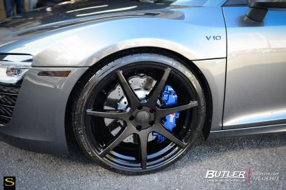 Grau-Audi-R8-Savini-Räder-Schwarz-Di-Forza-BM10-Matte-Schwarz-13.jpg