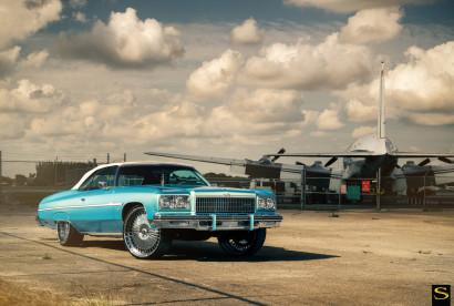 Chevy-Caprice-Donk-savini-wheels-savini-diamond-marconi-1.jpg