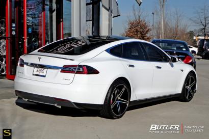 Тесла-Models-S-P85D-Савини-Wheels-Black-ди-Forza-BM8-3.jpg