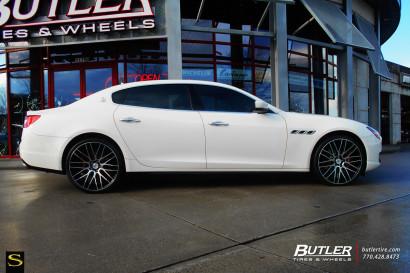 Бело-Maserati Quattroporte-Савини-Wheels-Black-ди-Forza-BM13-Обработанные-Black-.jpg