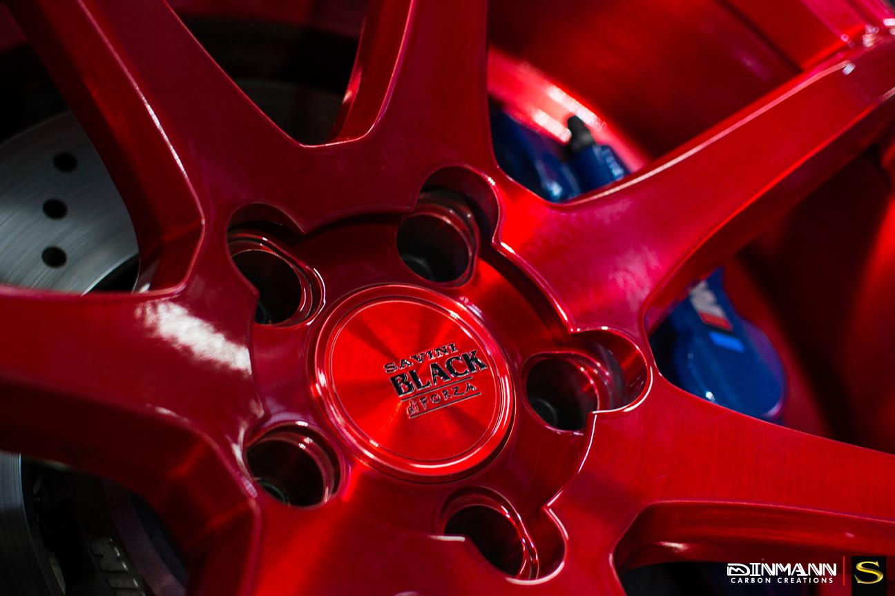 бело-БМВ-m3-Савини-черно-ди-Forza-bm10 щеткой-красно-8