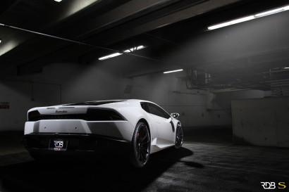 Савини-колеса-черный-ди-Forza-bm12-вогнуто-матово-черный-белый-ламборджини-Huracan-rdbla2.jpg