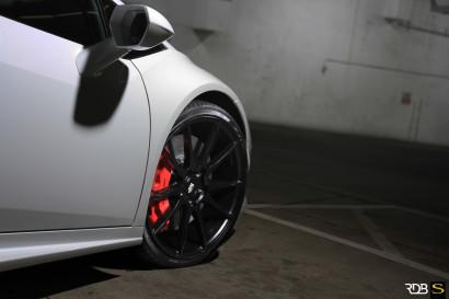 Савини-колеса-черный-ди-Forza-bm12-вогнуто-матово-черный-белый-ламборджини-Huracan-rdbla3.jpg