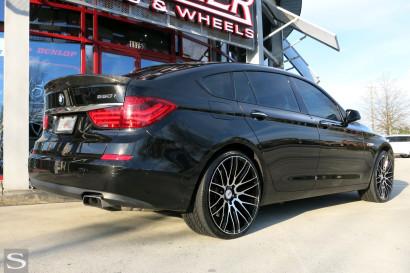 Савини-колеса-черный-ди-Forza-bm13-БМВ-550-GT-черно-дворецкий-1.jpg