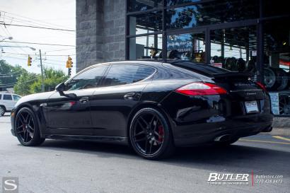 Савини-колеса-черный-ди-Forza-bm7-порш-Panamera-черно-butler4.jpg