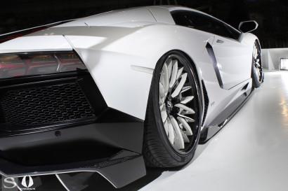 savini-wheels-savini-forged-sv65-XC-xtreme-concave-black-and-white-lamborghini-aventador-gt-white-aimgain-8.jpg