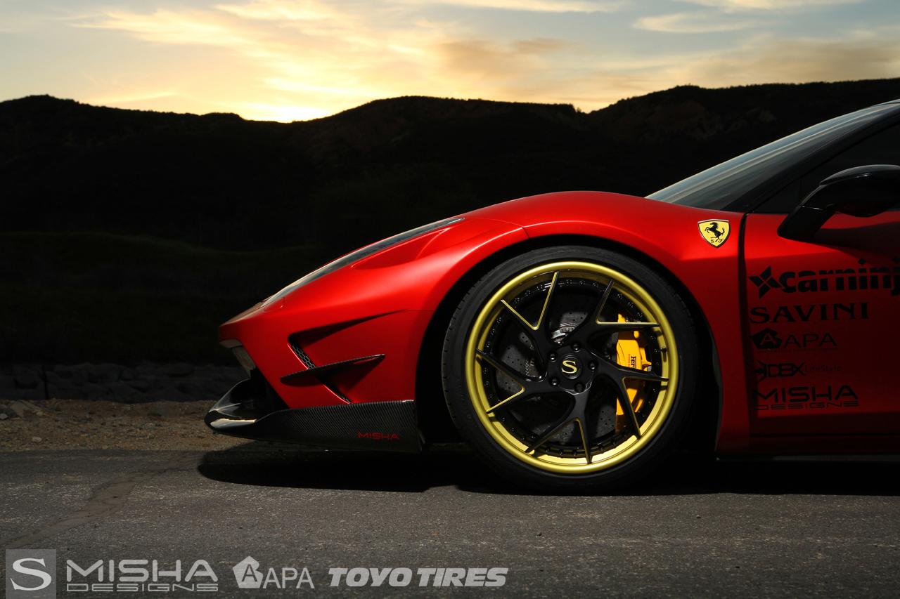 Савиньи-колеса-Савини-кованые SV67-L-матово-черный с матированием-золотых акцентов-феррари-458-красно-миша-carninja-3