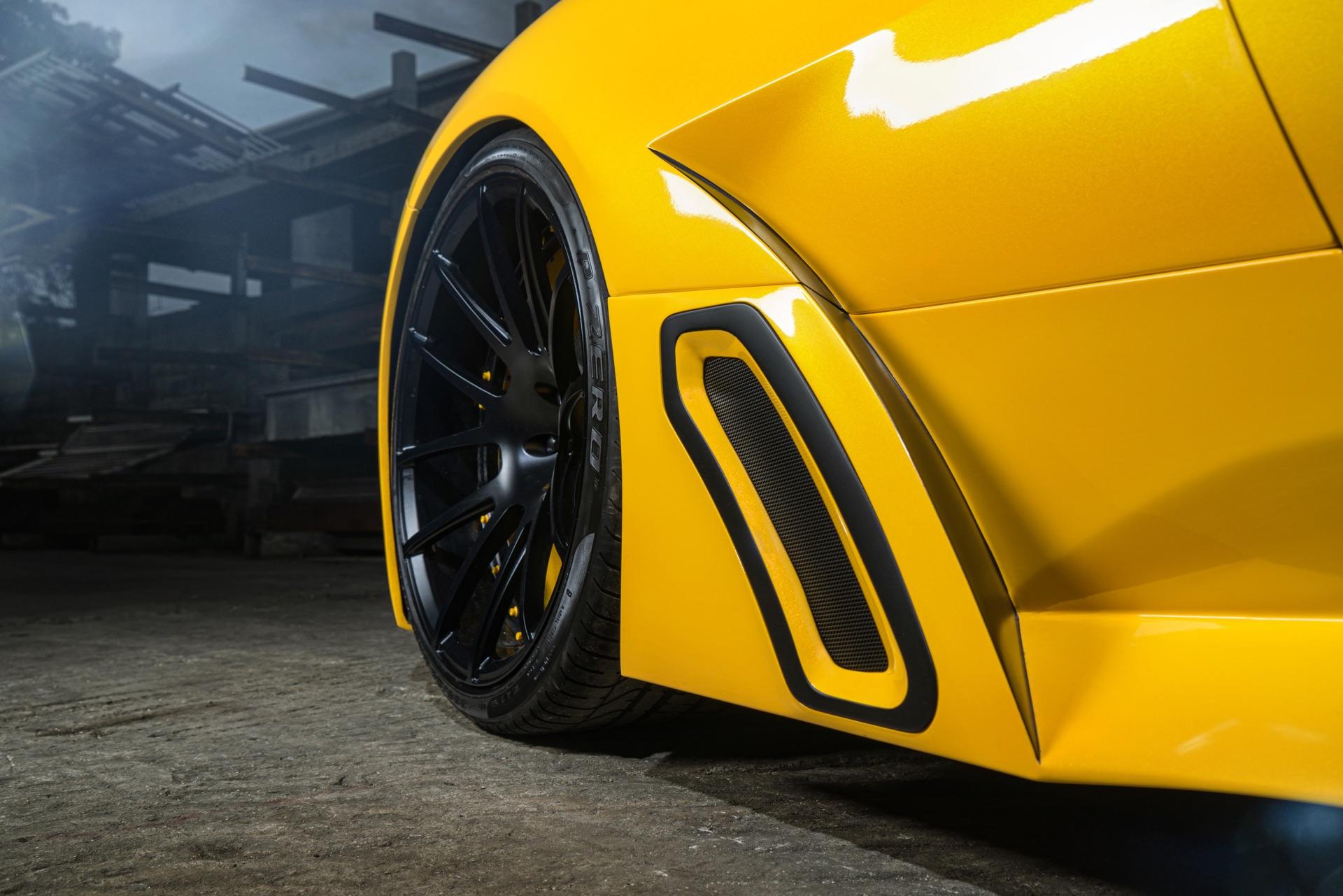MC-Ferrari-Yel14