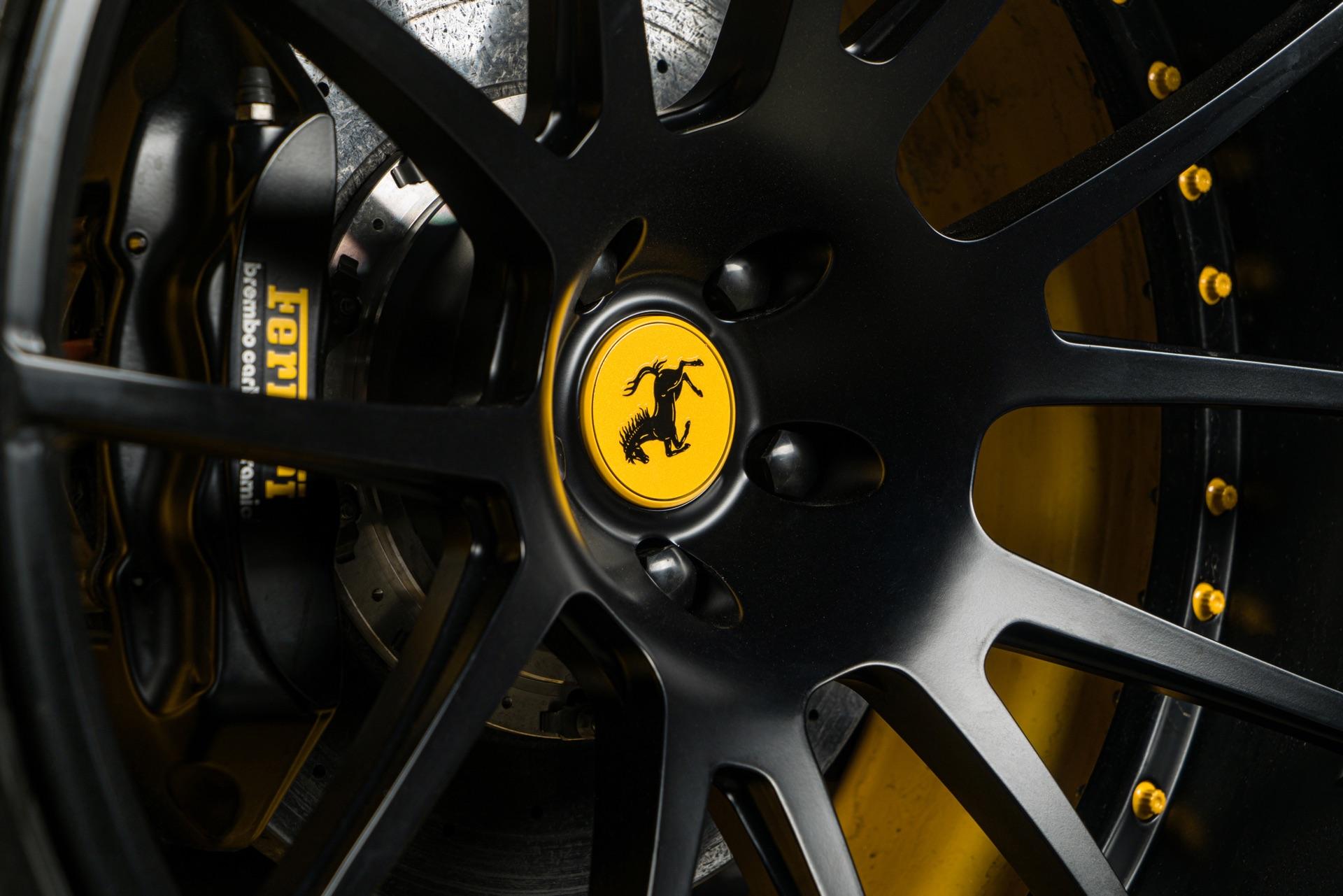 MC-Ferrari-Yel2