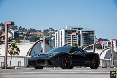 Savini-Schwarz-BM14-glänzend-schwarz-Ferrari-458-8.jpg