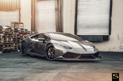 Savini-Black-di-Forza-BM14-Gloss-Black-Black-Chrome-DMC-Huracan-1-copy.jpg