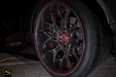 Савини-кованые-SV72xc-высокой польский двойной темно-Оттенок-с-красно-бордового-акцентного-LB-Huracan-9.jpg