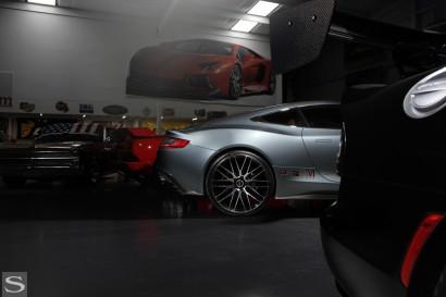 Савини-колеса-черный-ди-Forza-bm13-механической обработке-черно-Aston-Martin-Vantage-серо-дворецкий-2.jpg