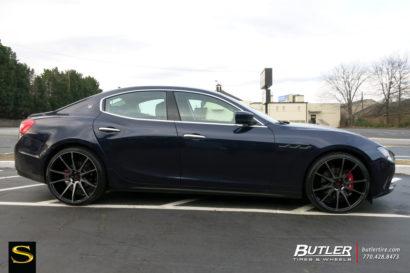 Савини-Black-ди-Forza-BM12-Brushed-Silver-Black-Maserati Ghibli-2-1.jpg-