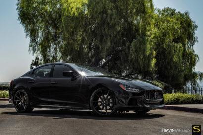Савини-Black-ди-Forza-BM12-глянцево-черного Maserati Ghibli-2-copy.jpg-