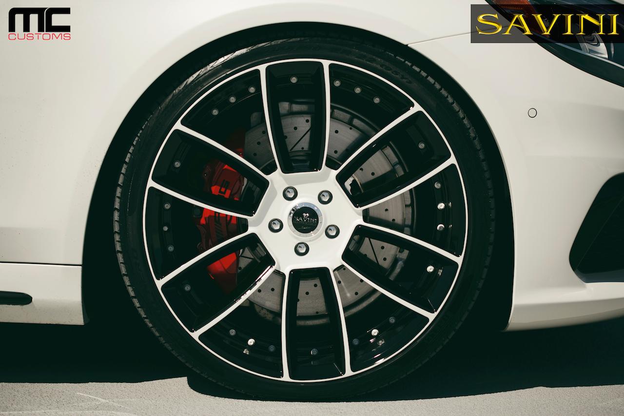 2014-white-mercedes-benz-s63-savini-wheels-sv52-d-duoblock-white-black-11