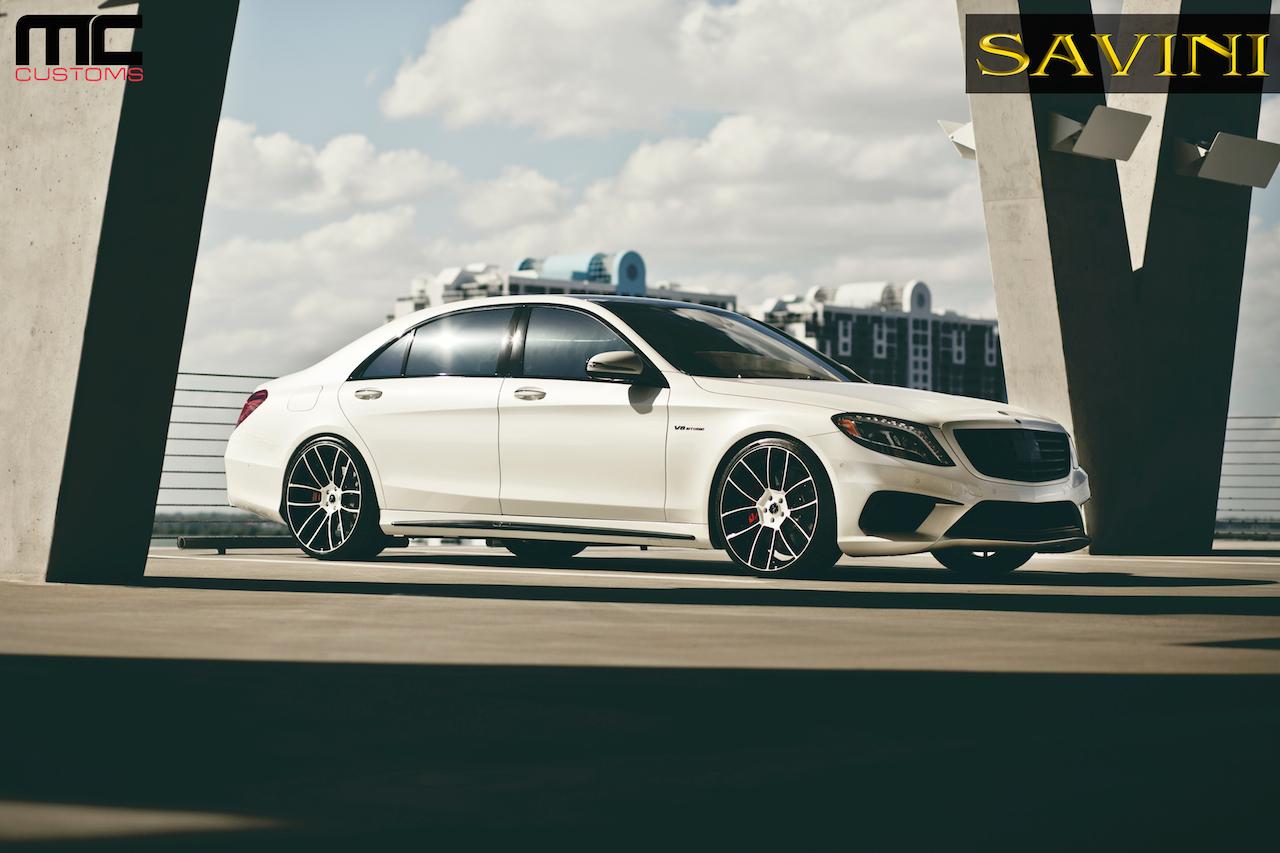 2014-white-mercedes-benz-s63-savini-wheels-sv52-d-duoblock-white-black-3