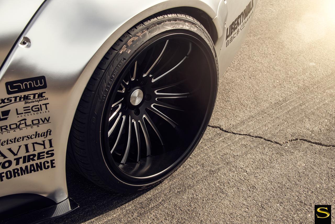 silver-libertywalk-wideboy-bmw-m4-savini-forged-wheels-sv61c-blackwith-braushed-accents-12