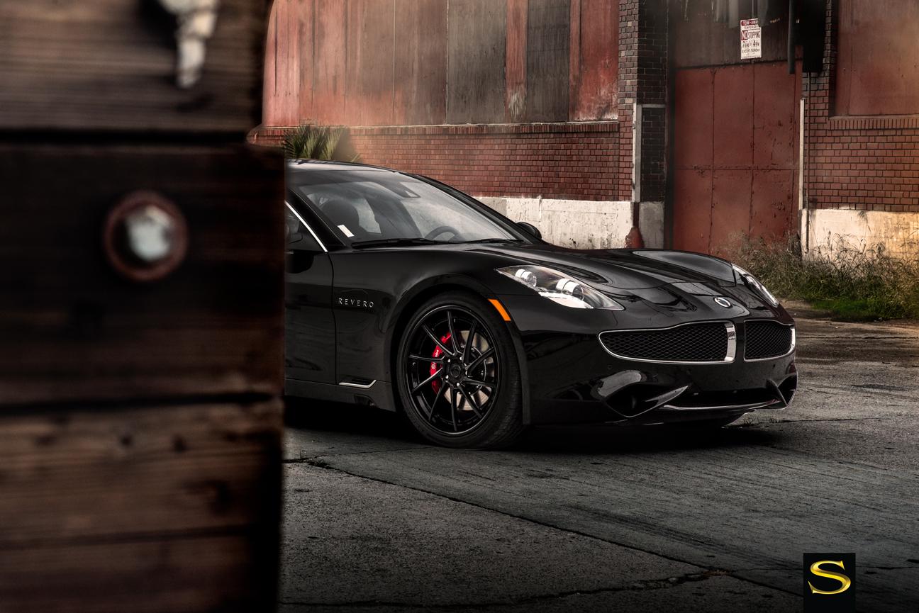 Karma Revero | Black di Forza BM15-L | Savini Wheels