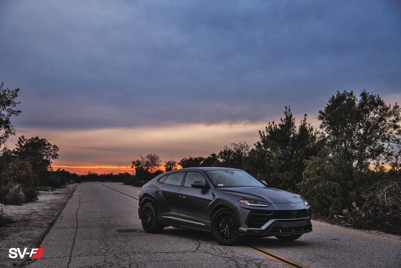 Lamborghini Urus | SV-F2 | Savini Wheels | Impressive Wrap