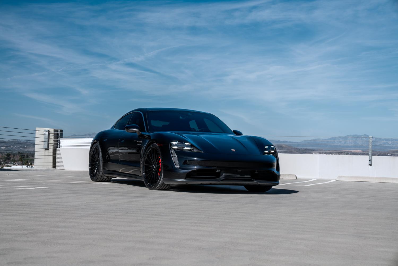 Porsche Taycan | BM16  | Savini Wheels